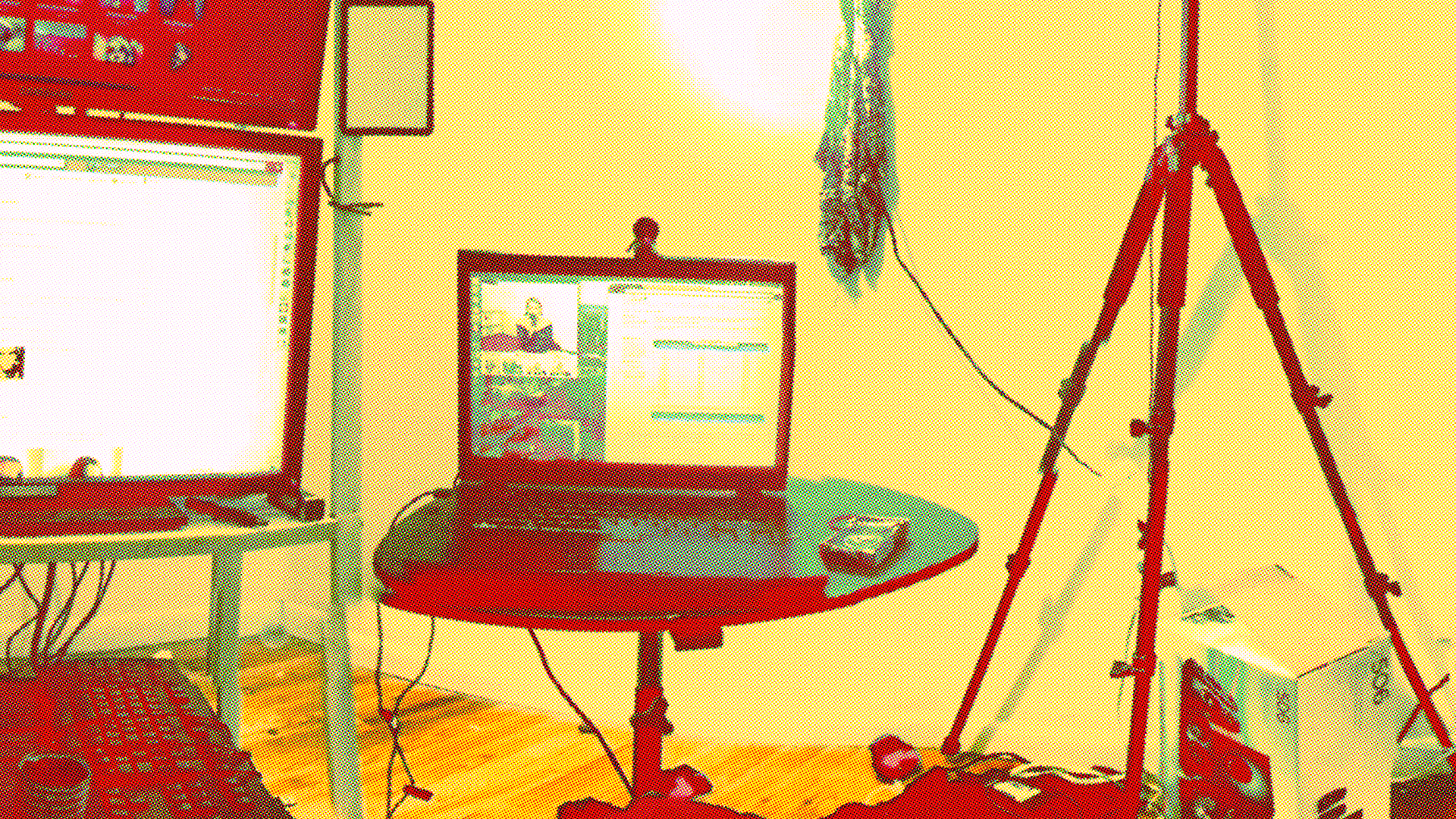Cam girl studio. (Reddit)
