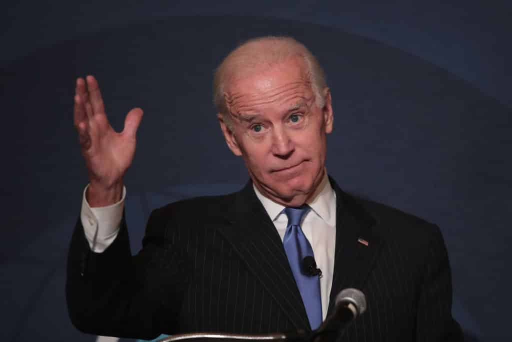<p>Biden Orders Airstrikes at Syria: How is the Media Covering It? </p> thumbnail