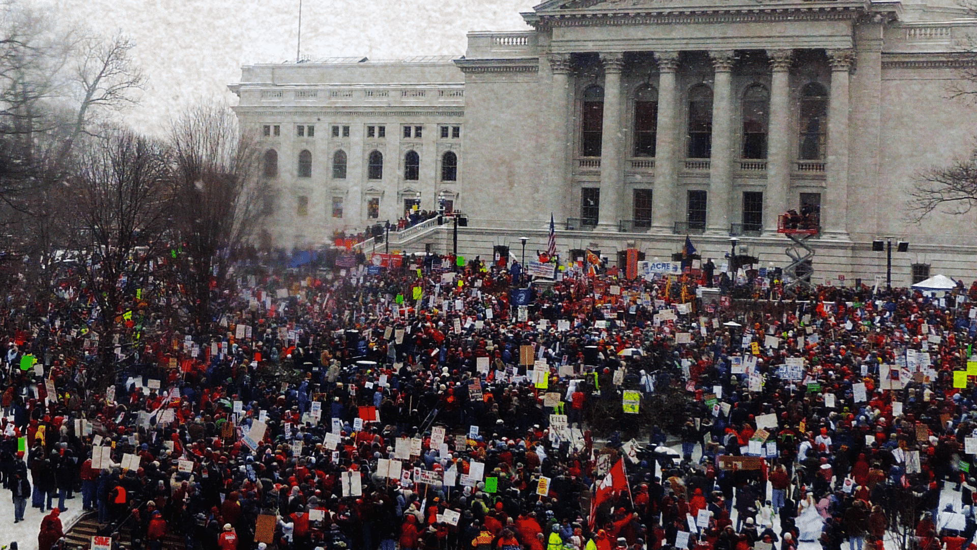 2011 Wisconsin protests.